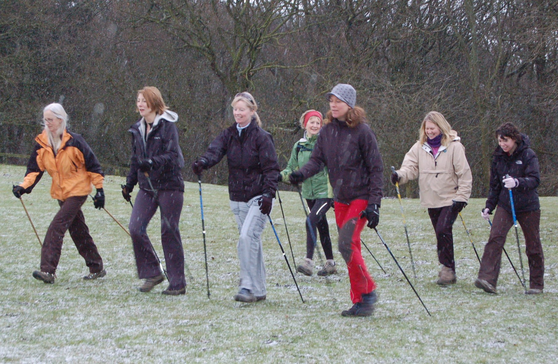 Nordic_Walkers_near_Ilkley_020