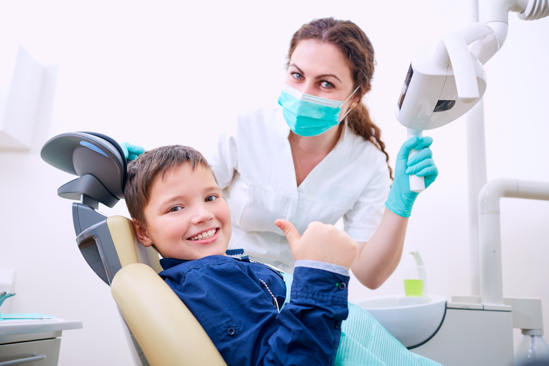 child-dentist-office-happy-08-feb-2017